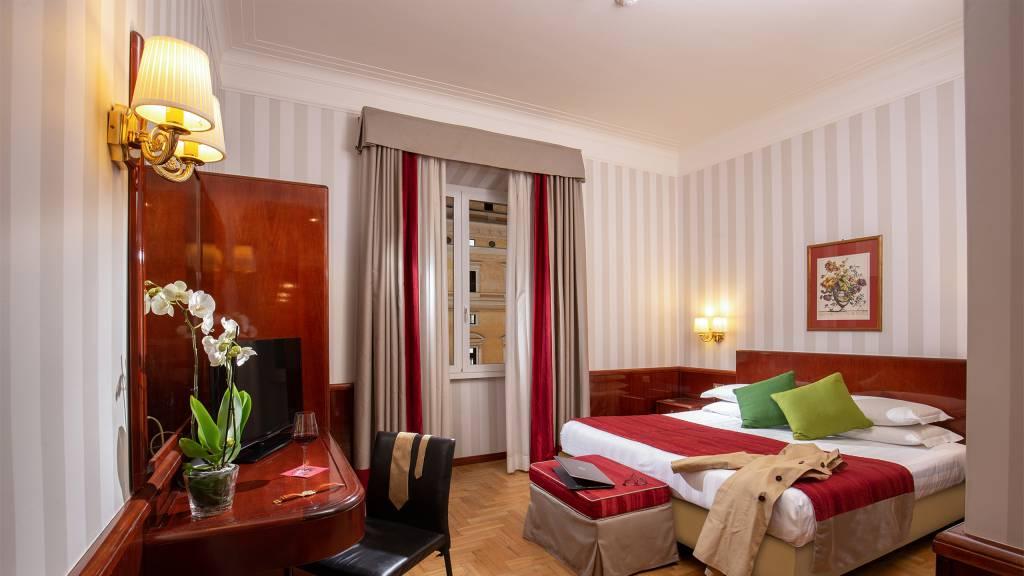 Hotel-Nord-Nuova-Roma-hotel-termini-station-rooms-IMG-1006