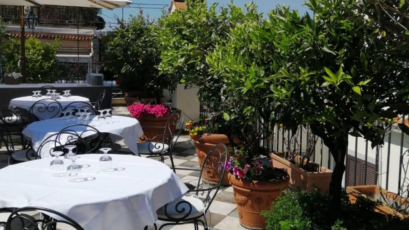 Albergo-Nord-Nuova-Roma-hotel-stazione-termini-evento-terrazza-4
